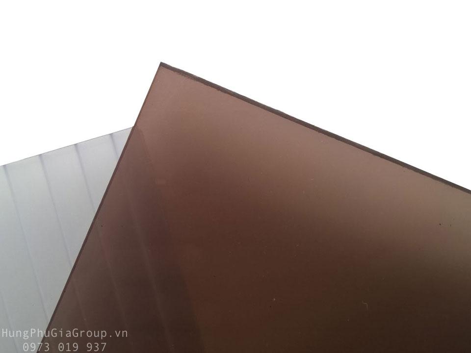 Tấm Polycarbonate đặc ruột hàn quốc màu nâu