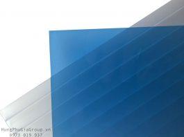 Tấm polycarbonate naehoo sheet màu xanh